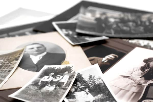 10,000 old photos, one USB drive: here's how